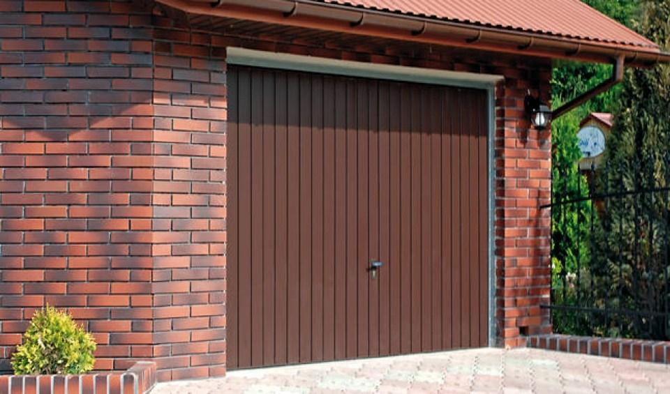 uchylne bramy garażowe
