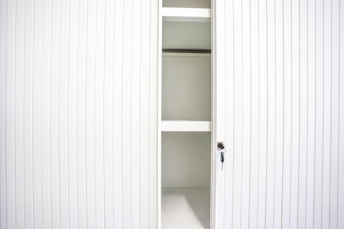 Jakie drzwi wybrać do spiżarni?